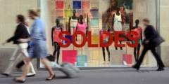 emploi,salaires,pouvoir d'achat,consommation,crise,météo,marques d'habillement,soldes